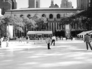 Bryant_park_skating